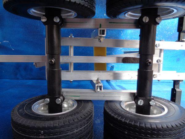 Grand Hauler de Tony - futur Log truck DSC00987_1