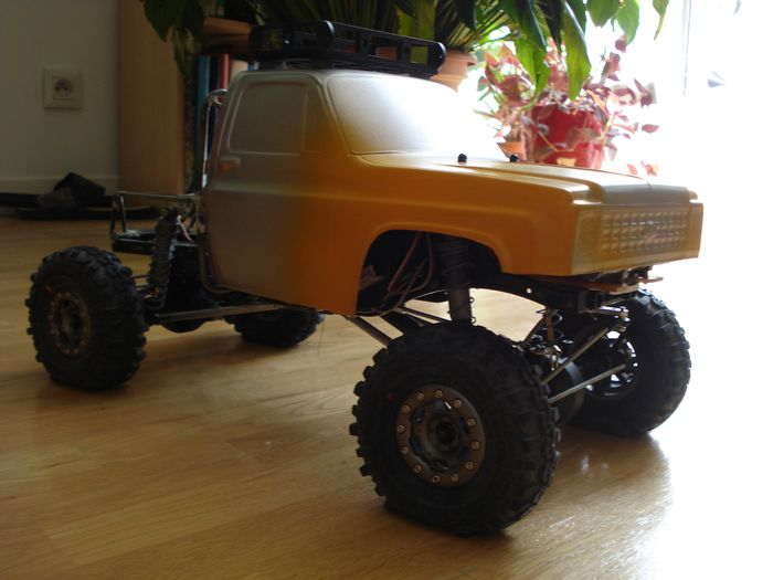 SCX10 Axial - Projet Ford F100 1966. - Page 2 DSC06586_1